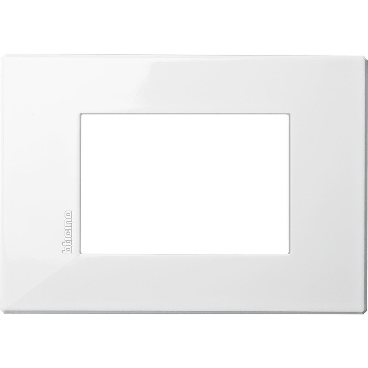 Placca 3 Posti Bticino Axolute Air Bianco HW4803HD