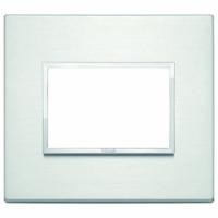 Eikon evo vimar  placca 3 posti colore alluminio brillante 21653.01